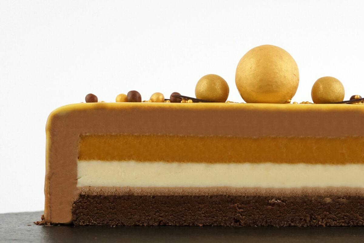 Mango-šokolādes kūka